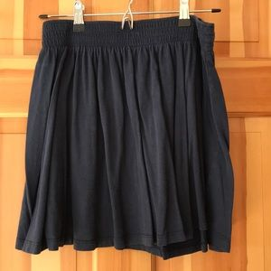 H&M navy mini skirt.